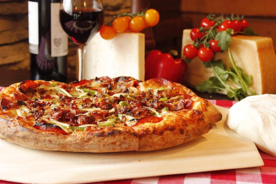 pizza-bacon-Jacques_Cartier_Pizza