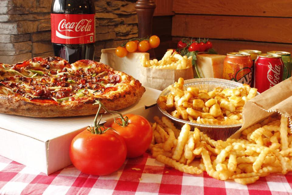 pizza-frite-cocacola-Jacques_Cartier_Pizza