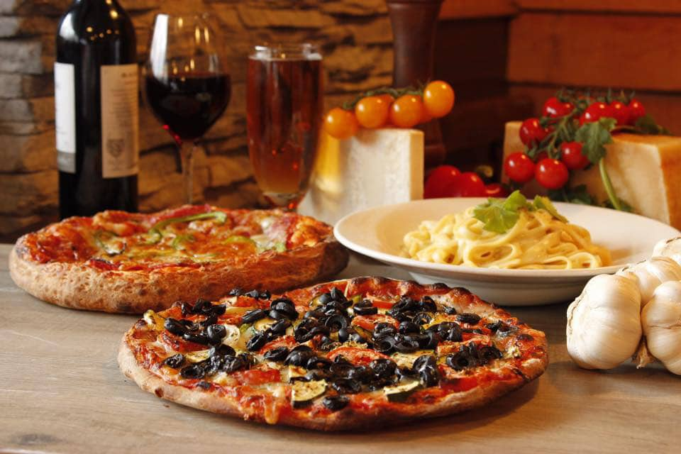 pizza-olive-pates-vin-Jacques_Cartier_Pizza